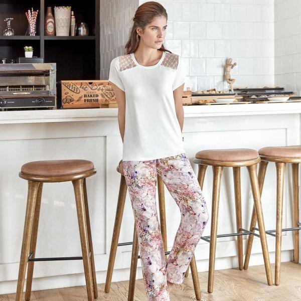 Wholesale Homewear collection , Ecru Color Women's t-shirt, pyjama set